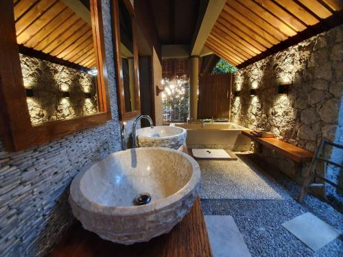 Villa de Charme - Outdoor bathroom